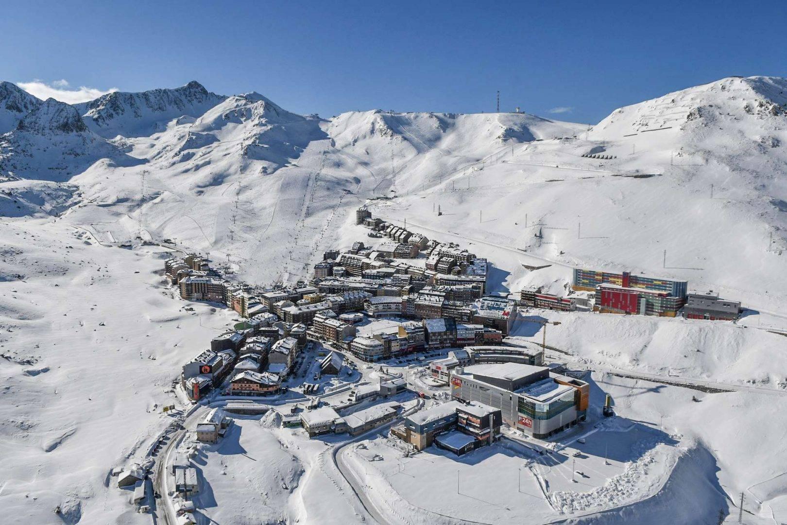 Narciarski wyjazd firmowy do Andorry