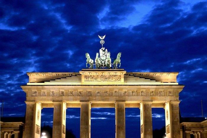 Tania wycieczka autokarowa do Berlina